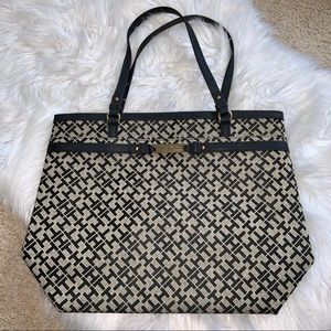TOMMY HILFIGER Handbag Purse